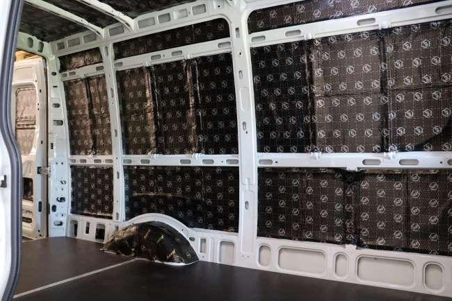 Geluidsisolatie bedrijfswagen